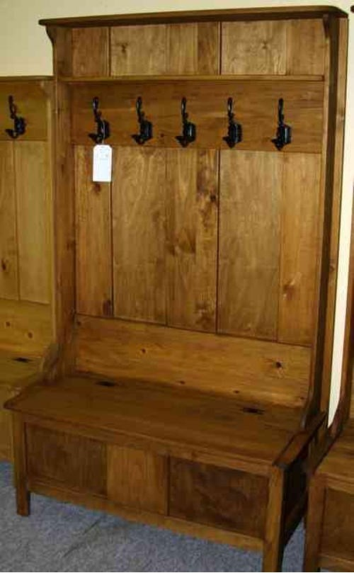 Pine Mennonite Deacons Bench With Coat Hooks Lloyd S