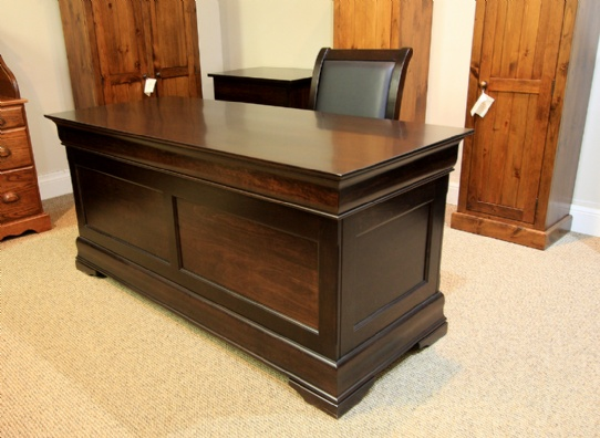 Mennonite Executive Office Desk Mennonite Furniture Ontario at Lloyd's Furniture Gallery in Schomberg